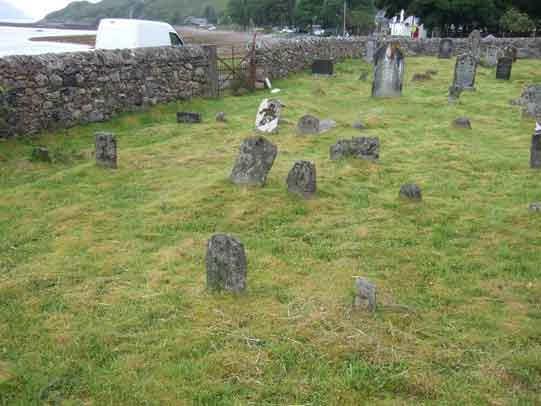 arnisdale-churchyard-small-