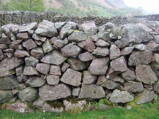 eskdale-granite-wall